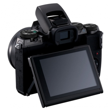 Canon EOS M5 EF-M 15-45mm STM 2