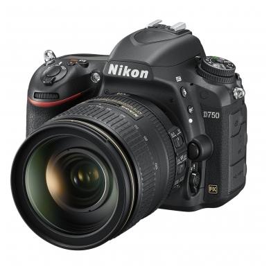 Nikon D750 su objektyvu 24-120mm f/4G AF-S ED VR