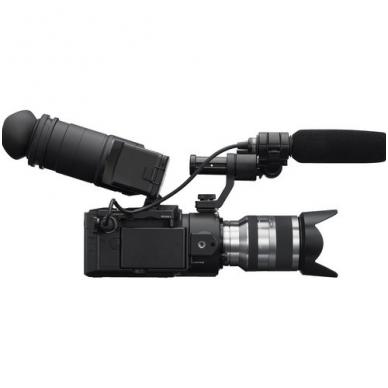 Sony E-FS100 DV Camcorder su objektyvu 18-200mm